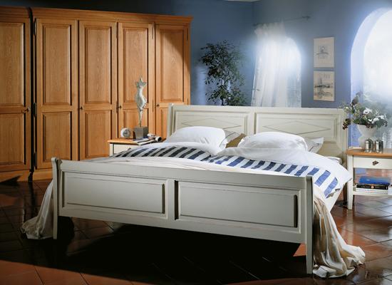 Massivholz Bett in 55767 Abentheuer